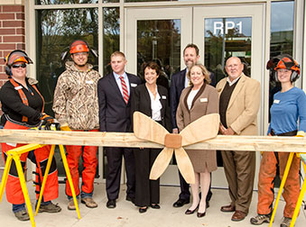 Redcloud-ribbon-cutting-4267